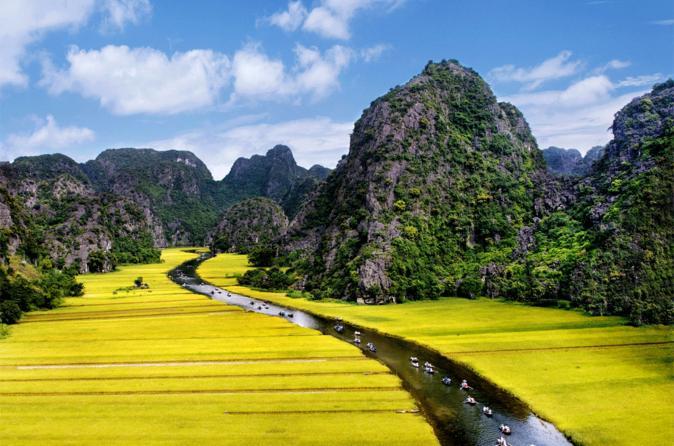 full-day-tour-to-hoa-lu-and-tam-coc-from-hanoi-in-hanoi-189690