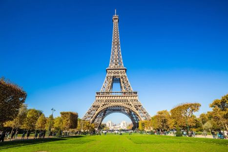 view-of-eiffel-tower-