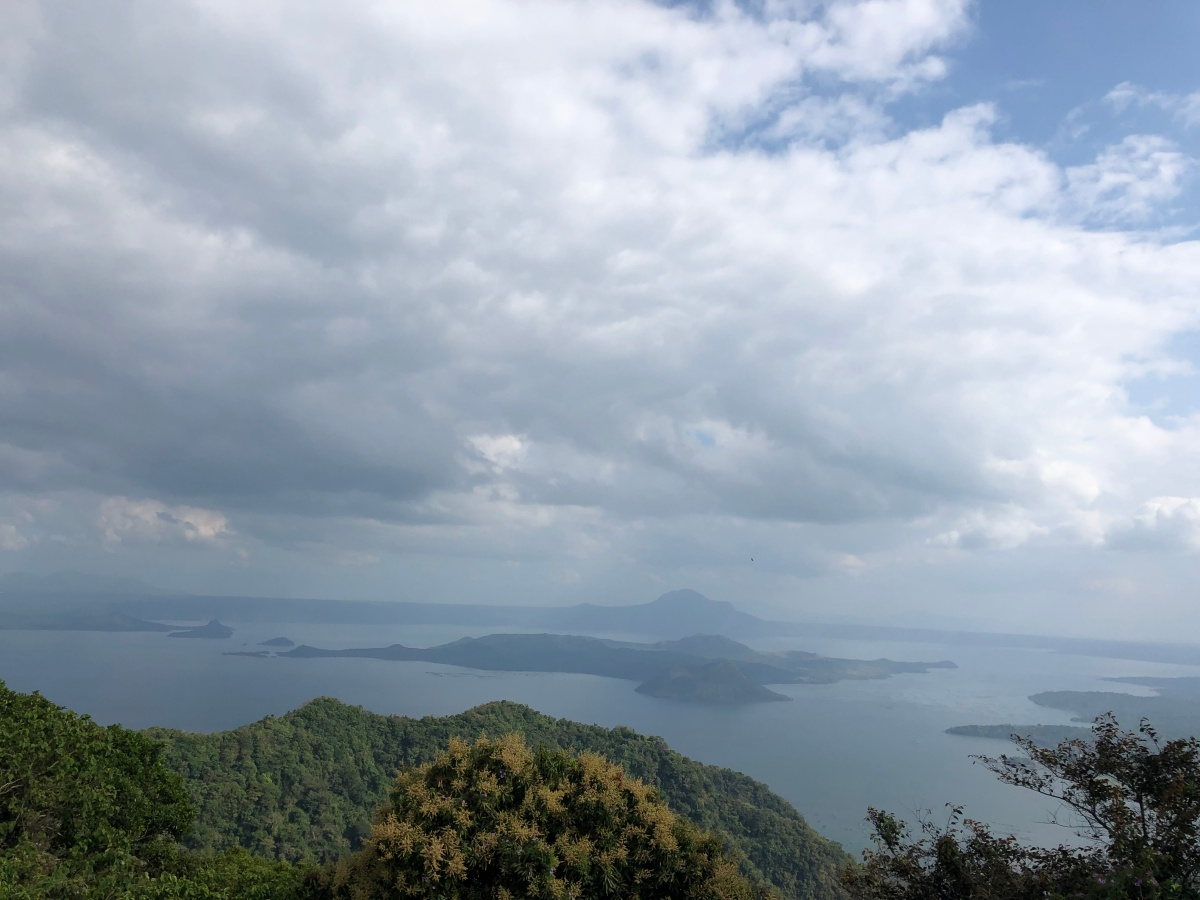 8 MUST SEEN PLACES IN TAGAYTAY  - PHILIPPINES